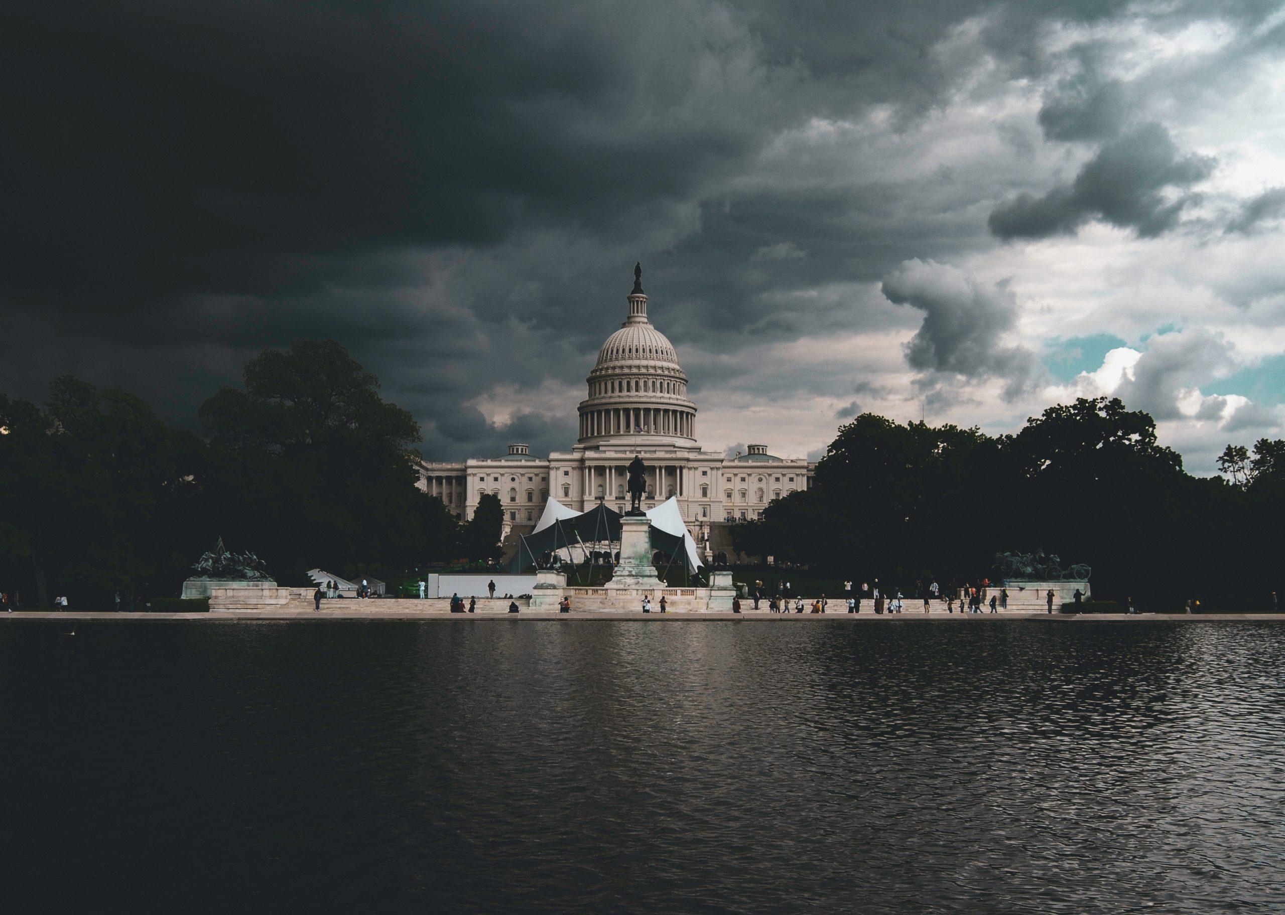 Két lázadás Washingtonban